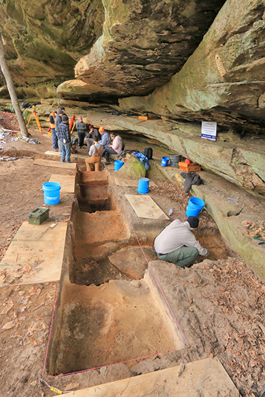 East Tennessee State University students excavate a rockshelter site on the Upper Cumberland Plateau. Photo by Alan Cressler.